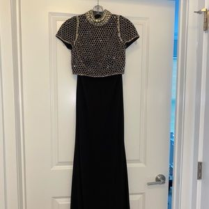 Two-piece Black Long Formal Gown